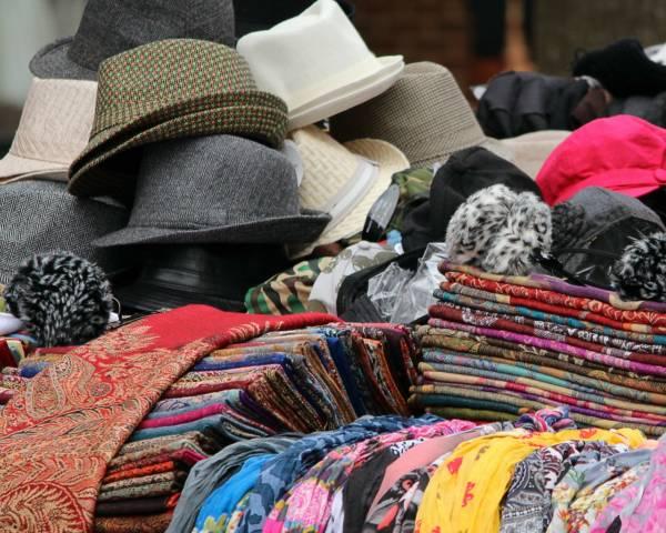 hats-89479_1280