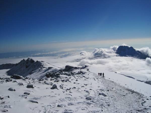 טיולים מאורגנים אל הר הקילימנג'רו