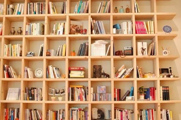 ארונות ספרים