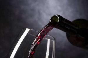 מקרר יין - אתם חייבים אחד כזה! כל היתרונות במכשיר