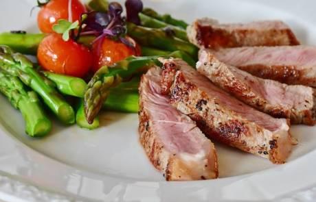 איך אתם מסתדרים בלי מטחנת בשר גם בבית וגם במסעדה?