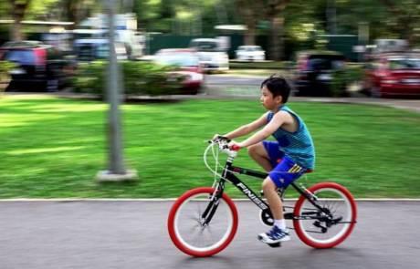 מאיזה גיל ניתן ללמד ילדים לרכב על אופניים?