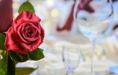 3 דרכים להפיק חתונה קטנה וגם זולה בתל אביב
