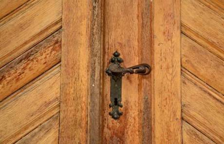 איך לבחור את הדלתות לבית החדש שלכם?