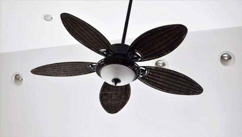 היתרונות של מאווררי התקרה