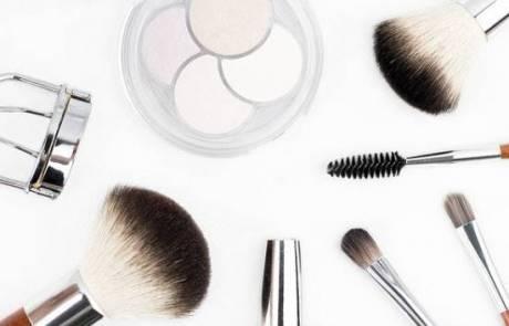 טיפים לרכישת מוצרי איפור המתאימים לעור הפנים
