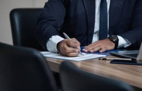 עורך דין הוצאה לפועל מקצועי יכול להוציא אתכם מבוץ עמוק