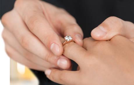 איך מודדים איכות של טבעות יהלומים מעוצבות?