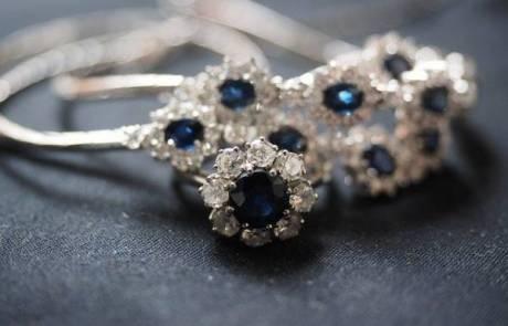 למה נשים אוהבות תכשיטים?