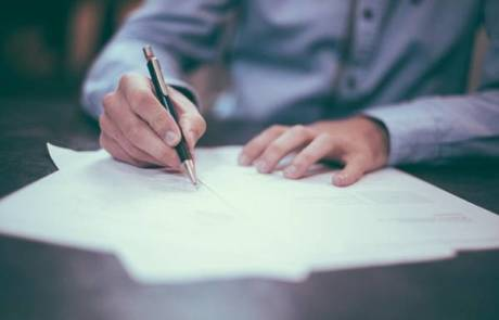 דרושים עובדים עם תוכן: משרות כתיבה להמונים